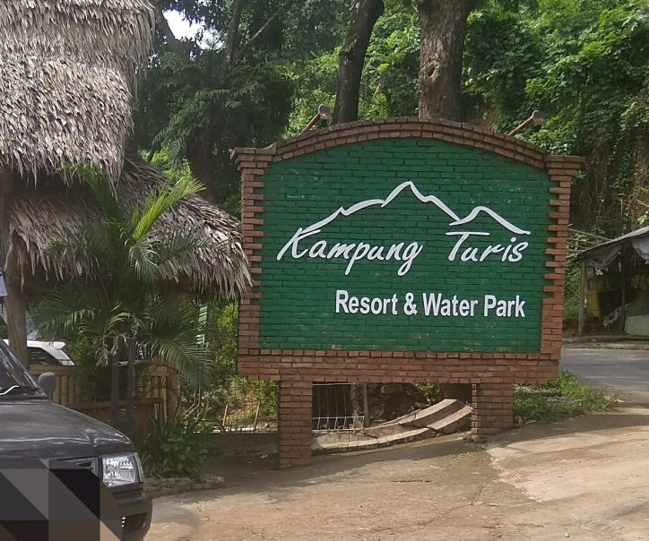 Kampung Turis Karawang resort dan waterpark
